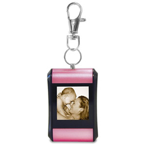 TAO 1.5&quot; Digital Photo Key Chain Clip (Holds 100 Pictures) Pink