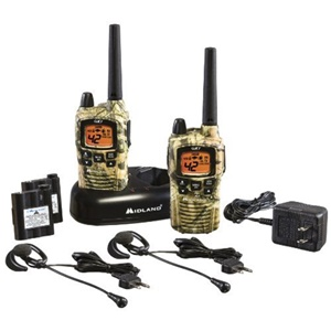 GMRS 42 CHANNEL OUTFITTERS CAMO UP TO 36 MILES VALUE PACK